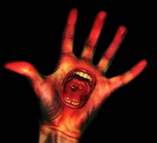 scream-hand